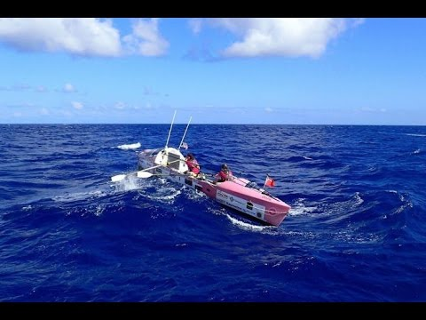 Little 8.5 metre Doris out on the Pacific waves